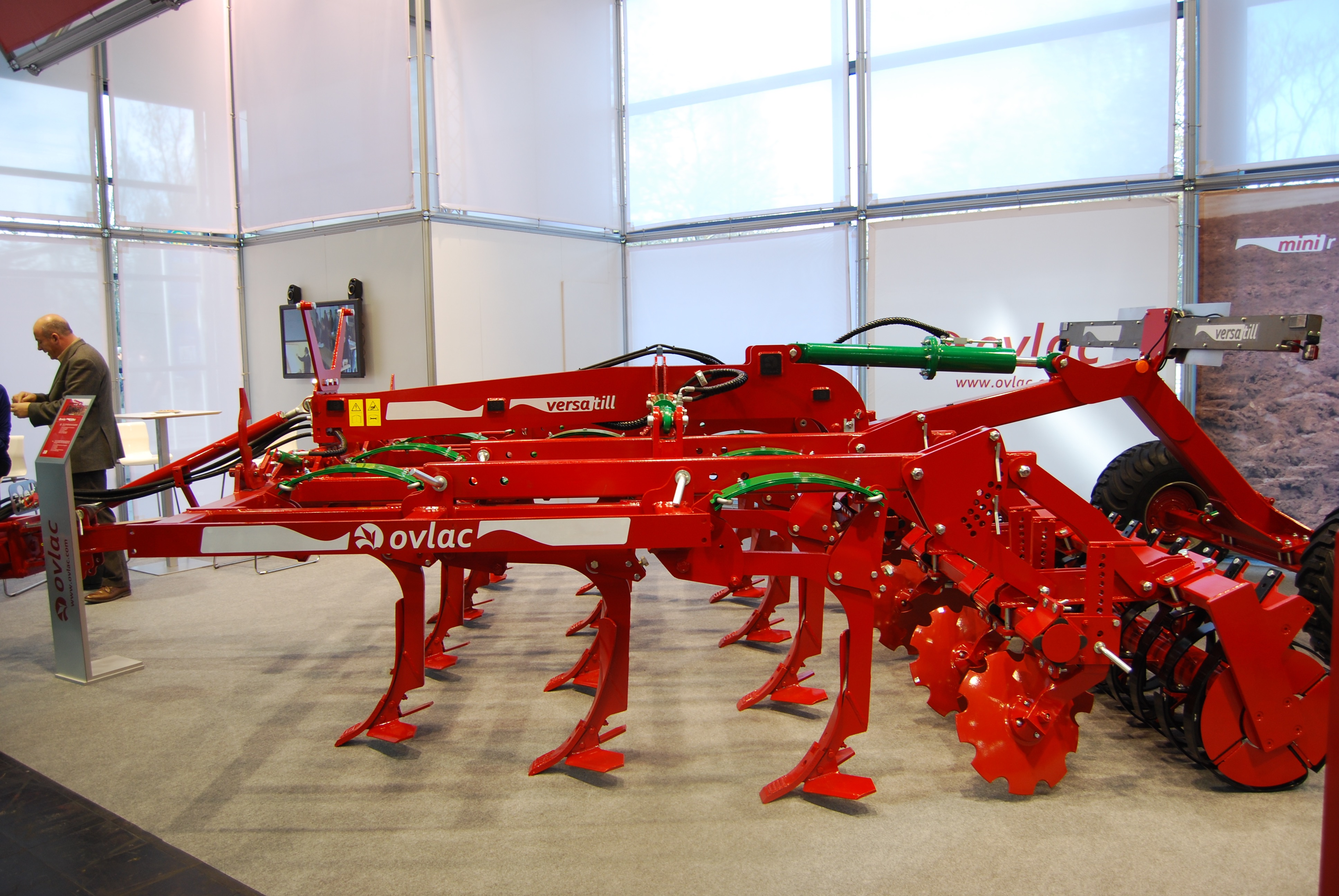 OVLAC will present new hydraulic protection system in Versatill cultivator.