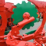 Discos Non Stop / Spring loaded disc coulters