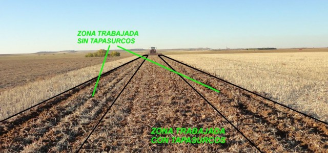 Con rastra niveladora o sin ella? / With or without levelling harrow?