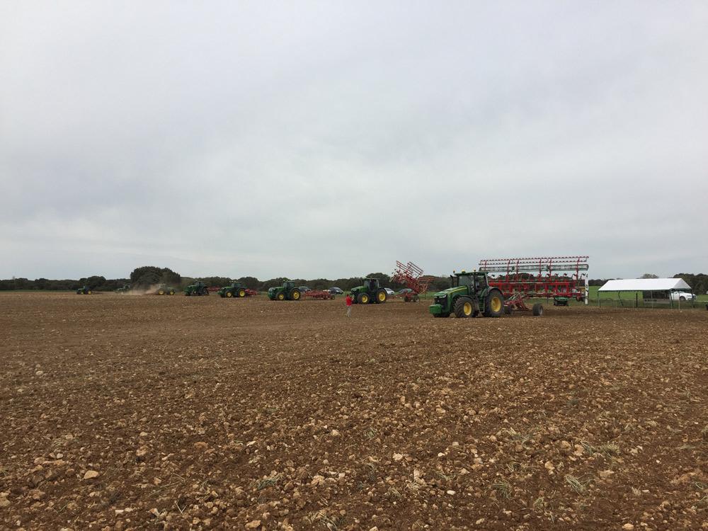 Demostración Ovlac con tractores John Deere en Los Alforces (Palencia)