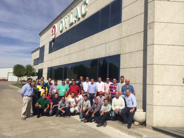 Clientes de Ovlac visitan su fábrica con Agrocentro