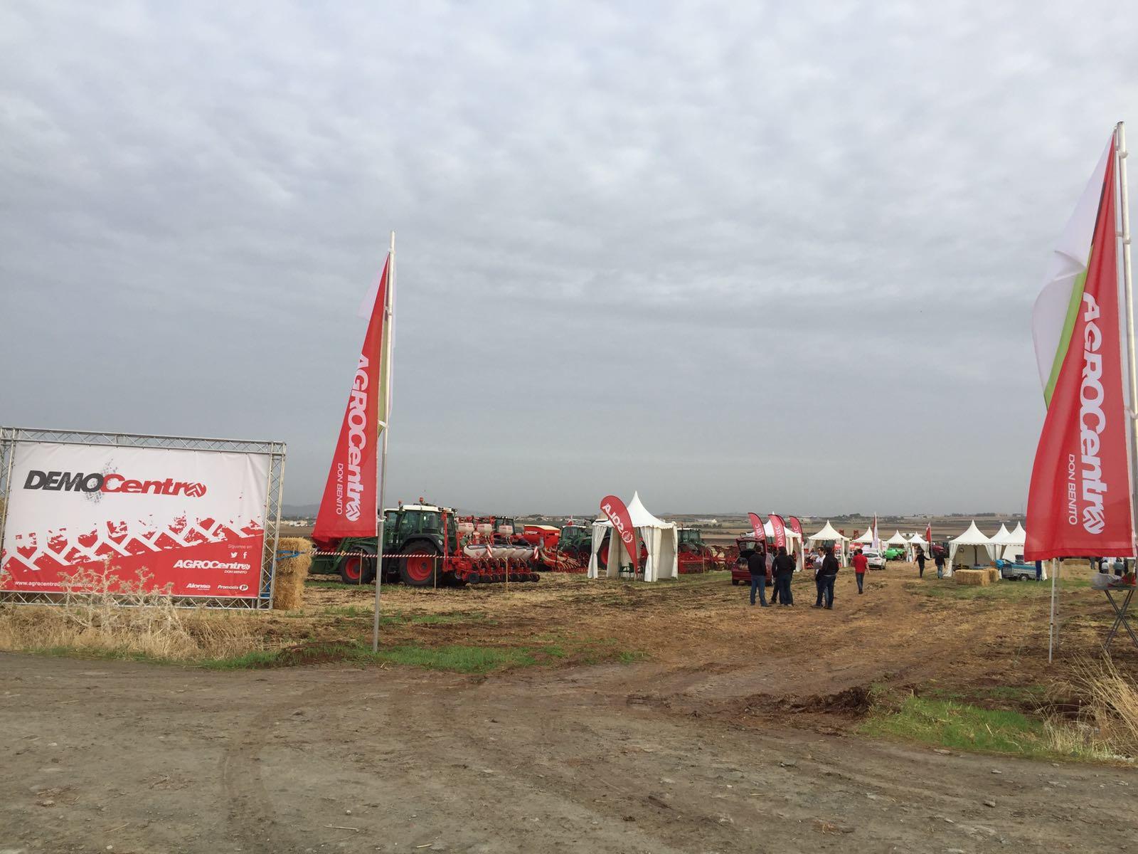 Ovlac, en las demostraciones de Democentro con toda su gama de maquinaria agricola